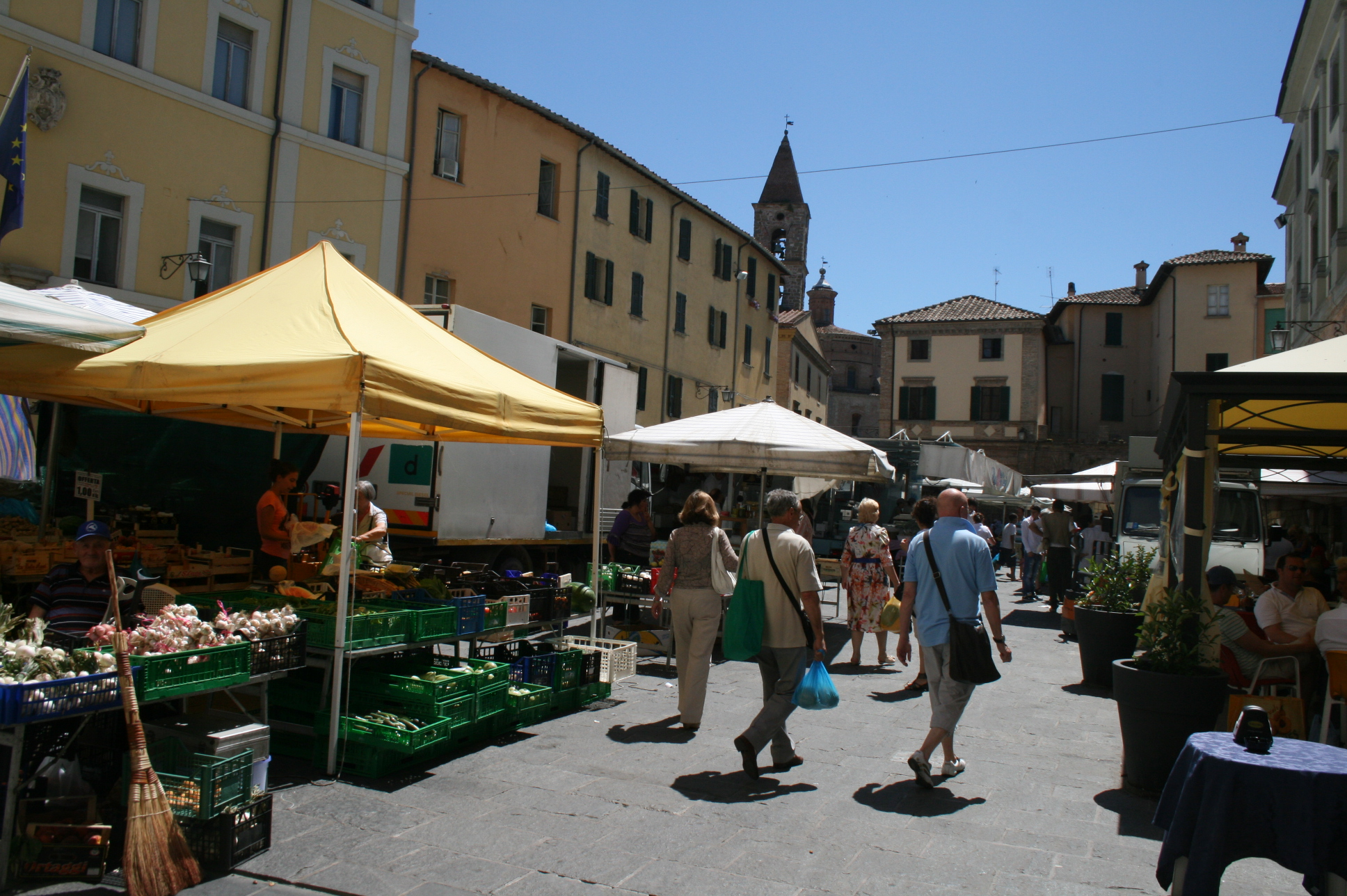 Umbertide Italy  city pictures gallery : Umbertide Market, Umbria Italy